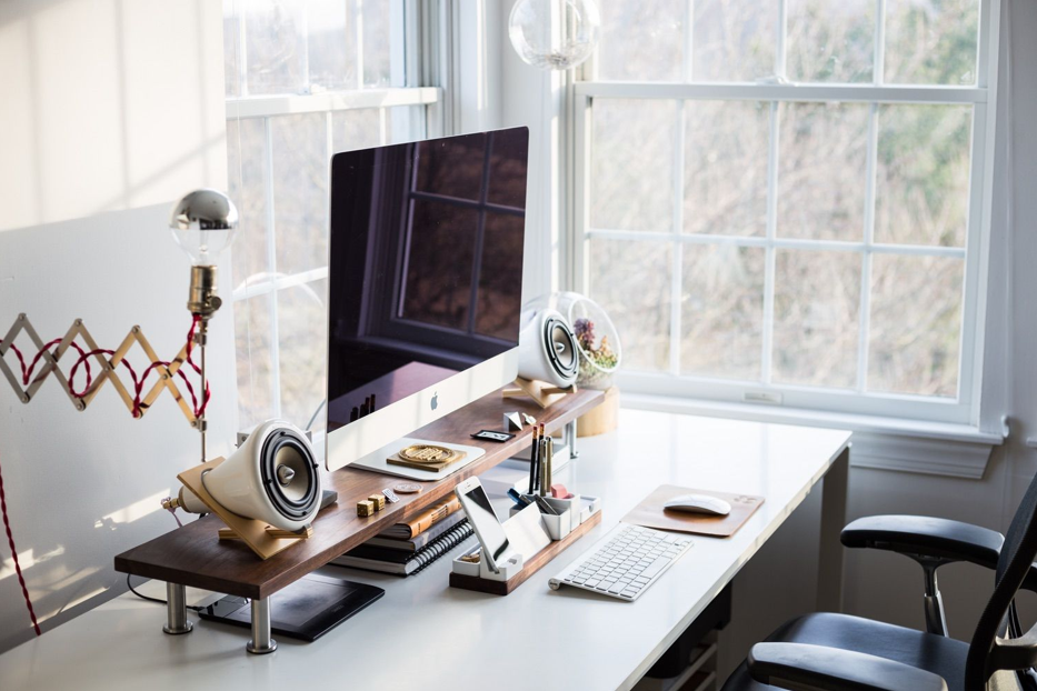 7 Amazing Office Gadgets: Enhance Your Office-Experience Using Them