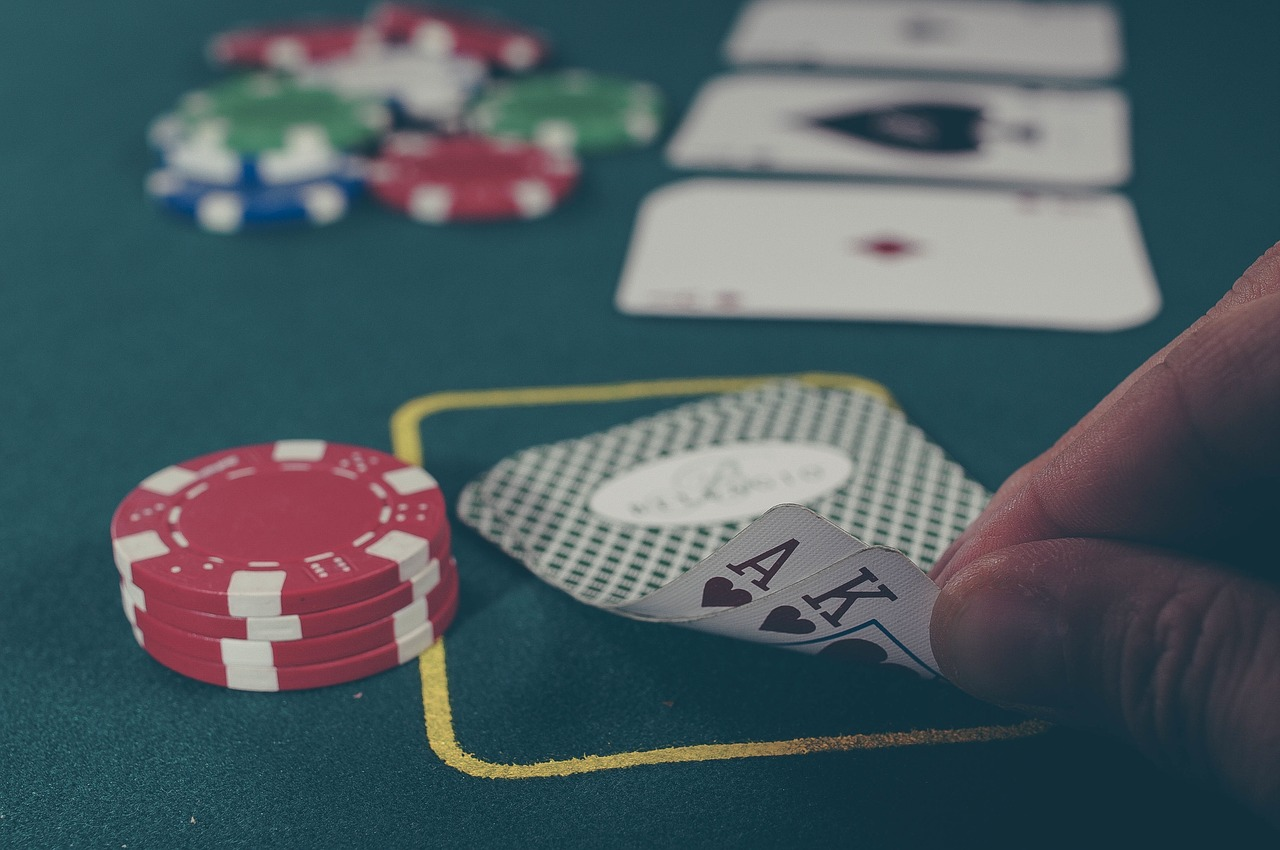 How Did Blackjack Go From Classic Card Game to Online Phenomenon?