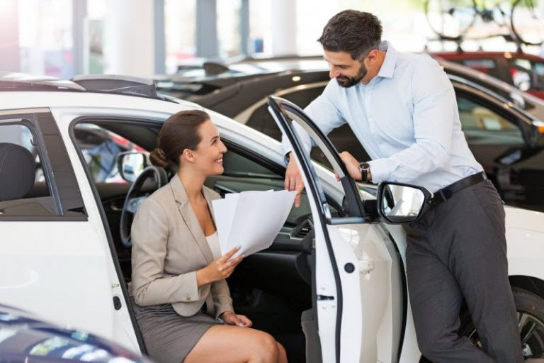 Things to check while hiring luxury chauffeur service