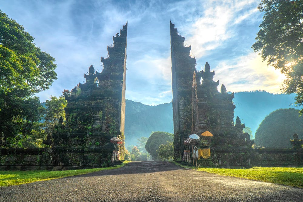 10 Reasons why you should visit Bali?