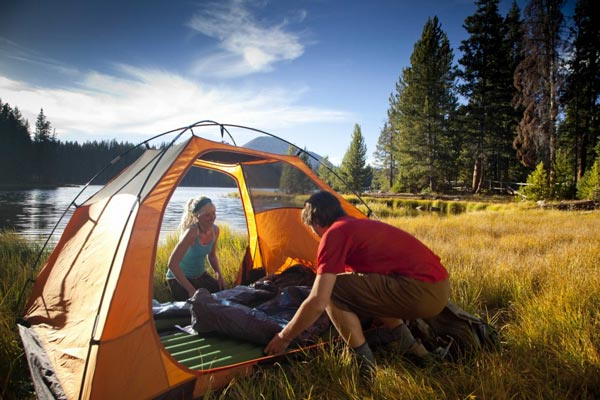 11 Essential Things You Should Not Forget When Camping